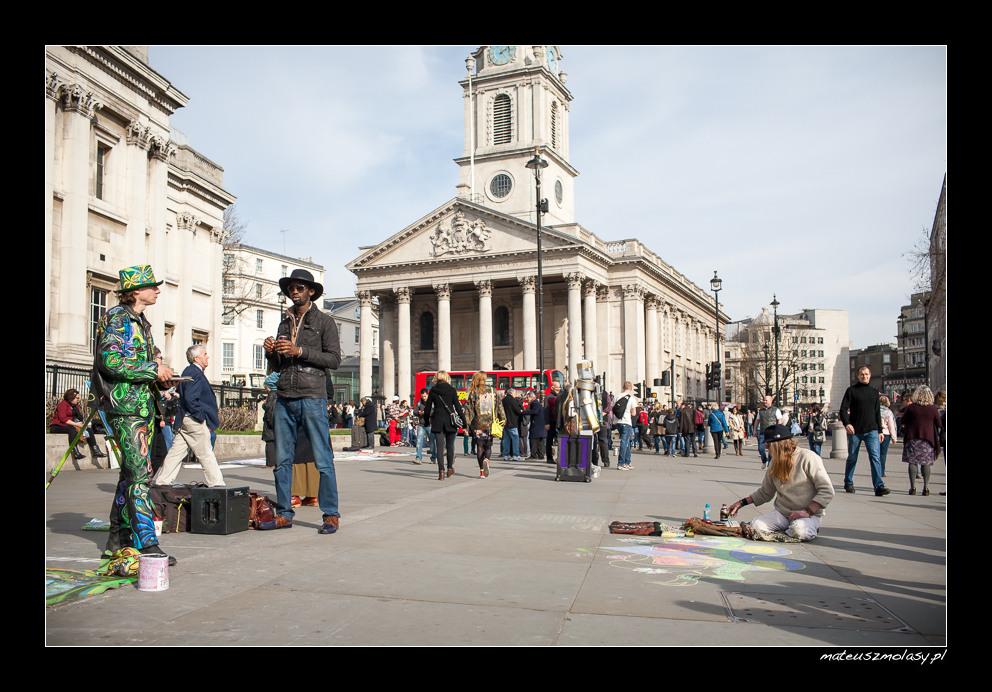 London, Trafalgar Square, Street art